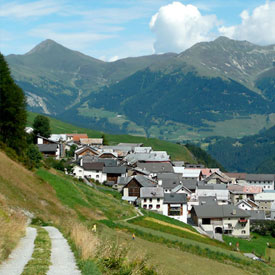 Tschlin-tourism-rural-the-most-beautiful-villages-of-the-world